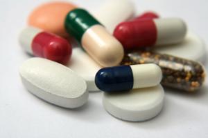 بیماران قلبی آنتی بیوتیک «کلاریترومایسین» مصرف نکنند