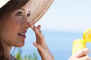به این ۶ ناحیه از بدن نباید آفتاب بخورد !