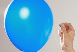 ۱۱ روش برای رهایی از نفخ پریود