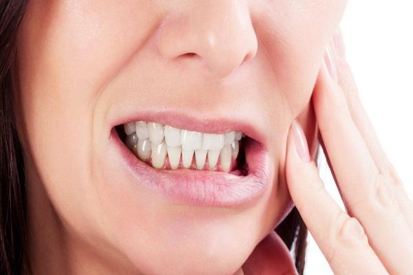 ساییدن غیر ارادی دندانها به هم