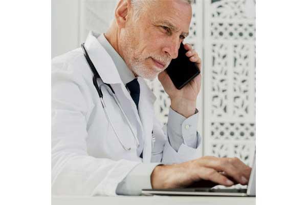 مشاوره تلفنی ، پزشک بدون نوبت با شما تماس میگیرد!