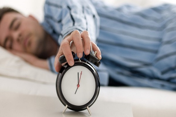 آنهایی که هشت ساعت خواب در شبانه روز ندارند بخوانند