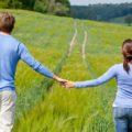 شرایط بحرانی دوران نامزدی دختر و پسر