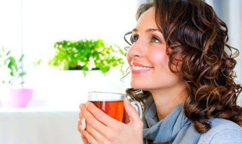 عوارض نوشیدنی های کافئین دار در بارداری