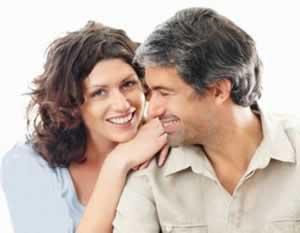 چرا برخی آدمها از عشق زیاد در زندگی مشترک میترسند؟!