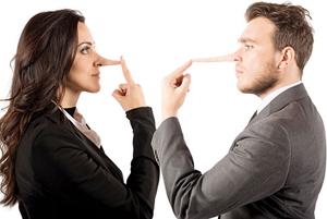چگونه تشخیص دهیم همسرمان دروغ می گوید!
