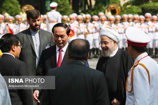 استقبال رسمی رییس جمهور ویتنام از حسن روحانی!+تصاویر