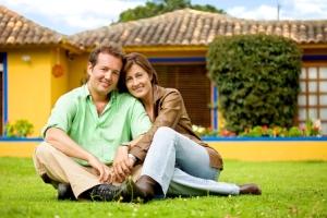 با این ترفند شوهرتان را عاشق و دیوانه خود کنید!