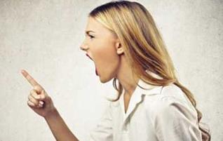آزار زبانی و اذیت کلامی همسر و نحوه مقابله با آن!