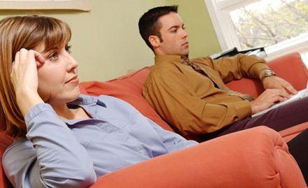 تماشای فیلم های مستهجن چه تاثیراتی برروی زندگی زناشویی می گذارد؟!