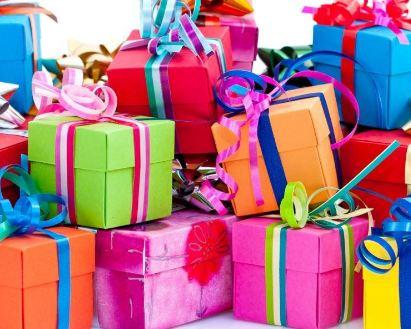 نکته هایی برای هدیه دادن در دوران نامزدی!