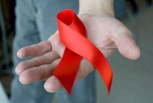 همسر مبتلا به اچ آی وی
