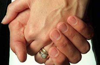 وعده ازدواج دادن و طفره رفتن از قول و قرار گذاشته شده!
