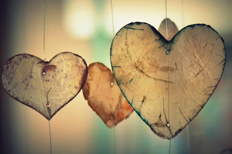 عشق رمانتیک و کسانیکه از این طریق با هم محبت میکنند چه خصوصیاتی دارند؟!