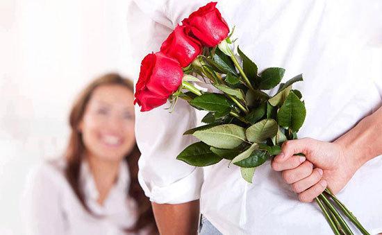 نشانه های عشق و علاقه شریک زندگی تان را نسبت به خود بشناسید!!