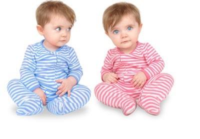 تولد نوزاد دوقلو