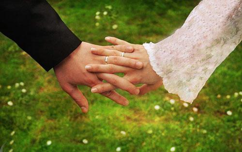 انتخاب همسر از دیدگاه اسلام چگونه است؟!