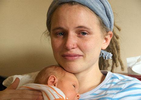 افسردگی پس از زایمان با رفتارهای نوزادتان چه ارتباطی دارد؟!