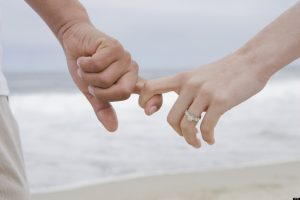 گرم تر شدن زندگی مشترک با انجام برخی از کارها توسط مردان!