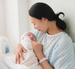 تاثیر خوردن انار در دوران بارداری و شیردهی!