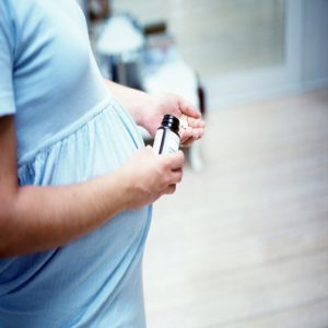 مصرف ویتامین C در دوران حاملگی چه فایده هایی دارد؟!