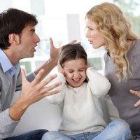 فرزندان خود را درگیر مسائل خانوادگی خود نکنید!