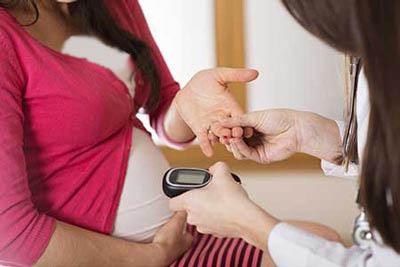 زمان انجام تست قندخون در دوران بارداری!