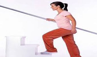 مراقبت های لازم هنگام بالا رفتن از پله ها در دوران بارداری!