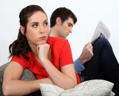 دلایل کم حرفی مردان چیست و چه باید کرد؟!