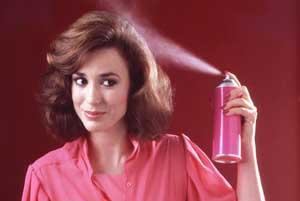 عوارض مصرف اسپری مو در بارداری!