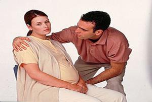نحوه رفتار یک مرد و رابطه زناشویی در دوران بارداری همسرش!