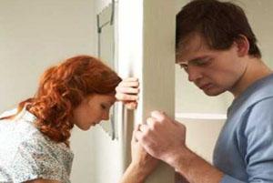 چگونه اضطراب ها و نگرانی های همسر خود را کاهش دهید!