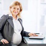 چگونه می توان دردسرهای بارداری را برای زنان کارمند کاهش داد!