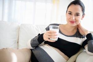 کلسیم مورد نیاز در دوران بارداری چقدر است و چه فوایدی دارد؟!
