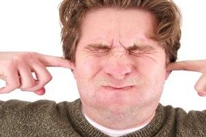 دلیل عدم گوش دادن به همسر در زندگی مشترک