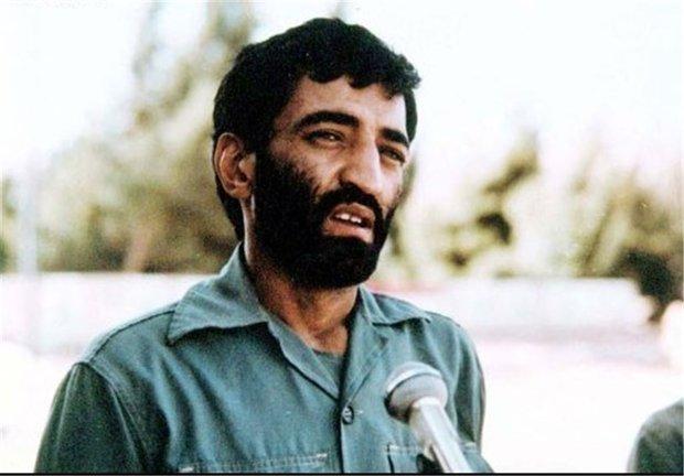 فیلم دیده نشده از حاج احمد متوسلیان در حرم حضرت زینب(س)