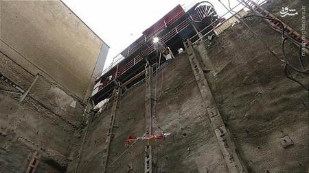 مرگ دردناک دختر و پسر جوان در پس سقوط خودرو به داخل گودال ۱۵ متری + تصاویر