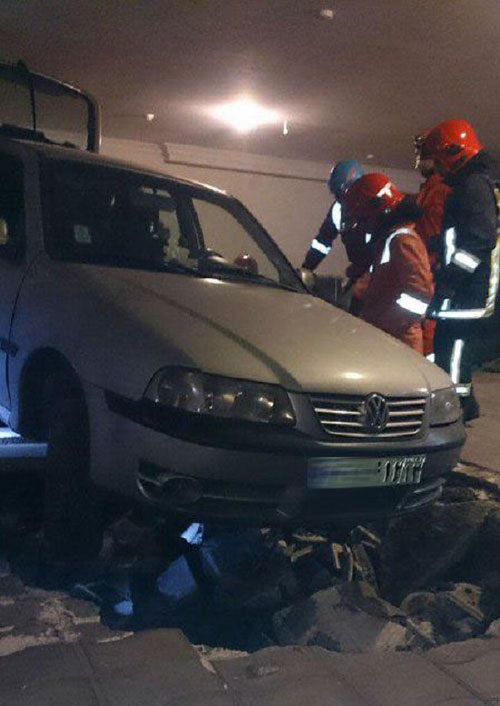 حادثه وحشتناک حین پارک خودرو در پارکینگ + تصاویر