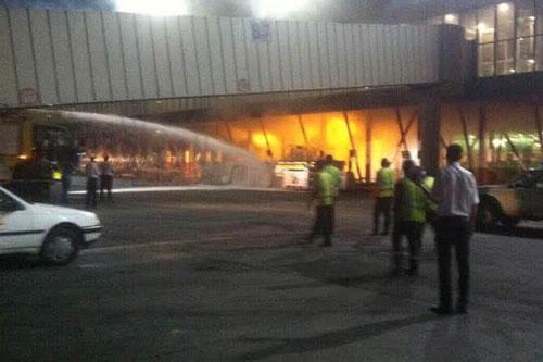 آتش سوزی در فرودگاه مهرآباد + عکس