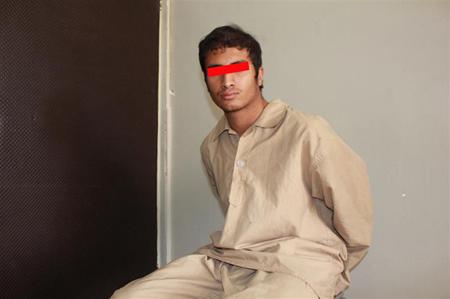 آزار و اذیت دختر بچه ایرانی توسط افغانی شیطان صفت + عکس