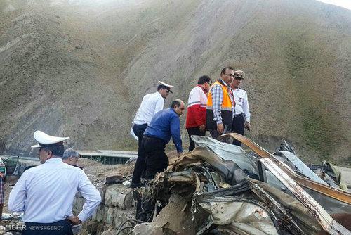 آخرین جزئیات از تصادف دلخراش اتوبوس در جاده چالوس / افزایش کشته ها به ۱۵نفر + تصاویر