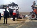 تصادف مرگبار اتوبوس مسافربری با کامیون / ۱۸ تن کشته و مجروح شدند
