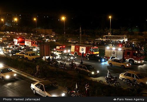 آتش گرفتن ناگهانی یک دستگاه خودرو زانتیا در تهران + تصاویر