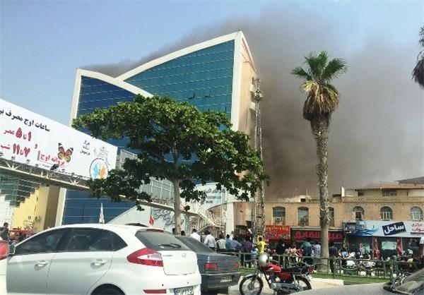 مجتمع بزرگ تفریحی مسکونی مدرن در بندرعباس در آتش سوخت + تصاویر