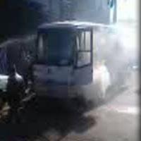 مینی بوس سرویس مدرسه در مشگین شهر آتش گرفت + نجات معجزه آسای دانش آموزان