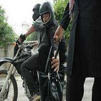 حمله دزدان موتور سوار به بازیگر زن مشهور در فرمانیه تهران + عکس