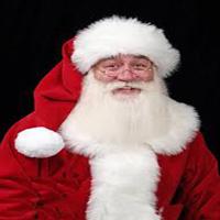لحظه تلخ مرگ یک کودک بیمار در آغوش بابانوئل + تصاویر