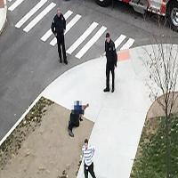 پسر روانی در اقدامی هولناک چندین دانشجو را با خودرو زیر گرفت + تصاویر