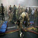 عملیات جستجو با گذشت 33 ساعت از ریزش پلاسکو| تصاویر آتش نشانان گرفتار