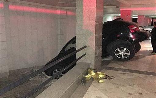 سقوط خودروی سواری